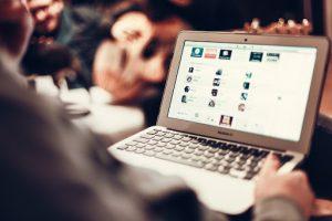 Read more about the article E-RA DIGITALE: consulenza per navigare su Internet in sicurezza